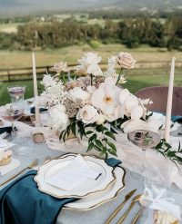Emerald Velvet napkins on Seafoam Weave overlays with Rosewater Chiffon table runners