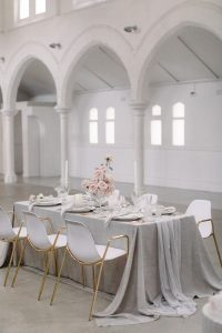 Oatmeal weave overlays with Dove chiffon table runners