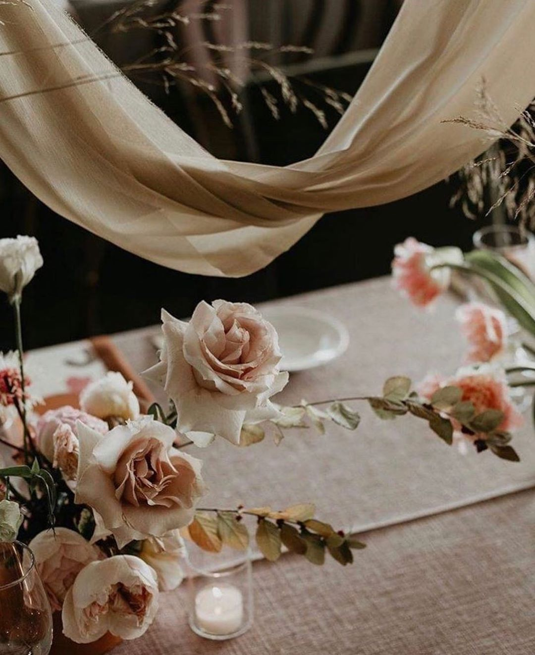draping fabric for boho chic wedding