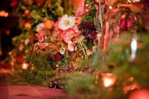 Autumn wedding trends - moody blooms